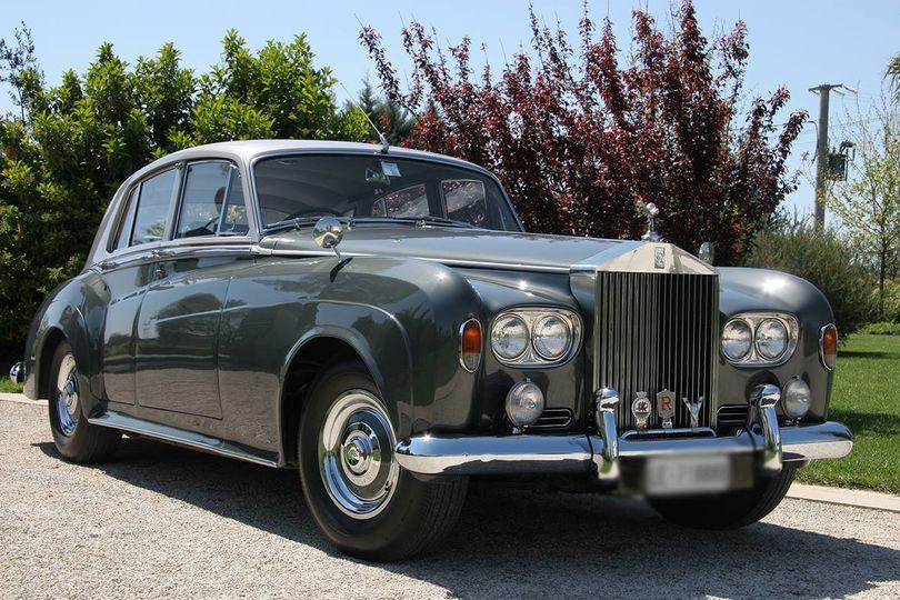 [Rolls Royce Silver Cloud I I I ]  (1964) Bicolore Grigia perla, Aria condizionata, Interni in pelle , Tavolini, Radica. Auto per  matrimonio. Contattaci per le info.