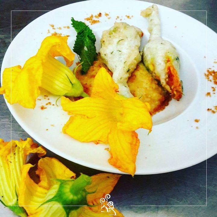 Fiori di zucca con pesce sciabola e mozzarella 😋